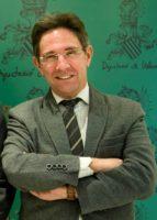 Homenaje al académico y escritor Ricardo Bellveser